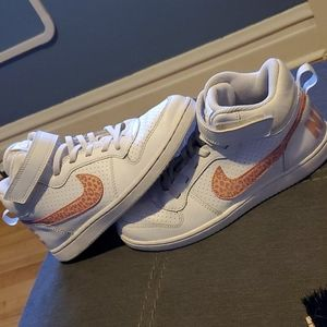 Youth Size 3 Nike Sneakers White And Pink